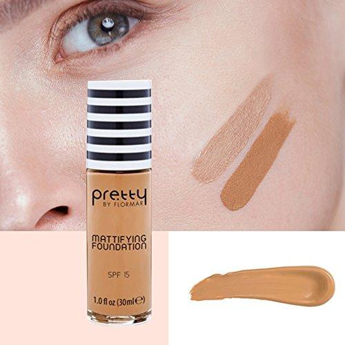 Maquillaje líquido acabado mate color golden neutral.
