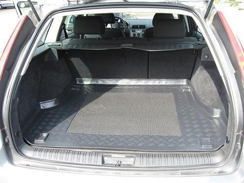 Kofferraumwanne mit Anti-Rutsch passend für Ford Mondeo III Turnier/Kombi 2000-2007 140cm x 112cm