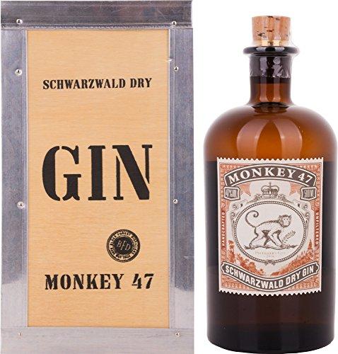 Monkey 47 DISTILLER\'S CUT 2016 Gin + GB 47{65ac1f84efdae571f6d026c9e44693fcdc5aefcfc266f6ec5f3b37ffd2ac27dc} Vol. 0,5 l