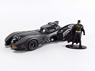 1989 Batmobile with Diecast Batman Figurine Batman (1989) Movie DC Comics Hollywood Rides Series 1/32 Diecast Model Car by...
