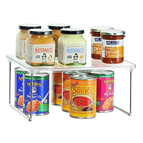 iDesign Estante adicional para la cocina, pequeño organizador de armario de plástico y metal, estante de cocina apilable para vajilla, alimentos o especias, transparente y plateado