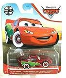 Pixar Cars Metal Series 1:64 Scale, Holiday Hotshot Lightning McQueen (red/Green)