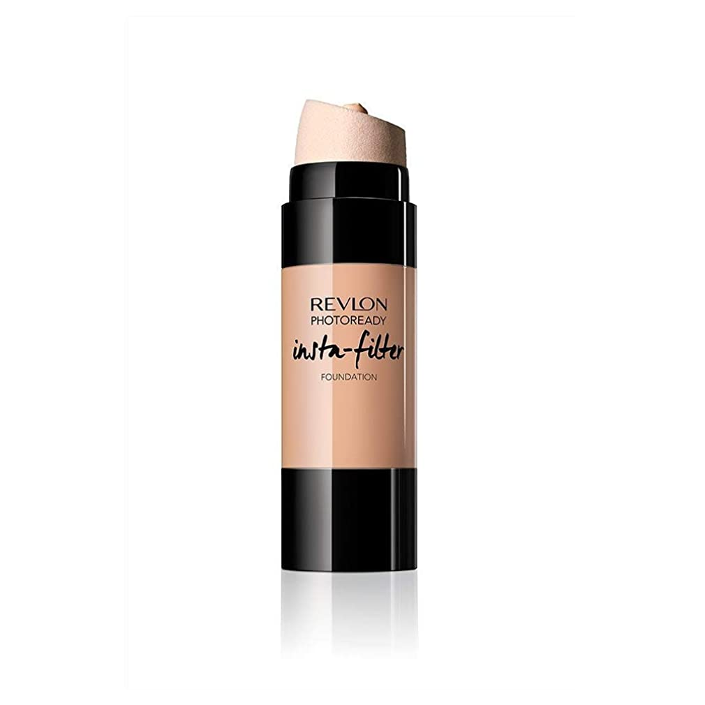 レブロン フォトレディ インスタフィルター ファンデーション 200 カラー:ややピンクよりの自然な肌色