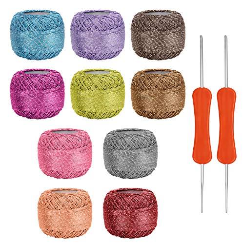 Kurtzy Set Hilos para Crochet Coloridos (10 Madejas) 2 Agujas de Ganchillo (3 mm y 4 mm) Cada Madeja pesa 15 g – Total de 950 Metros de Colorido Hilo Acrílico y Brillante - Hilo para Tejer a C