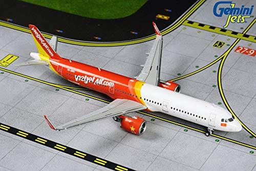 Gemini GJ1770 Emirates 777-300ER