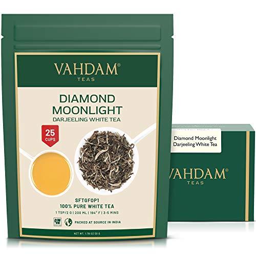 Diamond Moonlight, Darjeeling Weißer Tee Lose, 100{5e393963ece9fdd4a69a1ca93b2c678881c32d49c26affc2bdf0b3f51228eb57} Reiner Unverschnittener Darjeeling Tee, Gewachsen & Verpackt an der Quelle in Indien, White Tea | Weißer tee Aromatisiert | 50g Weißer Tee Beutel