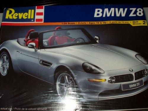 Revell: BMW Z8 (1:24 Scale)