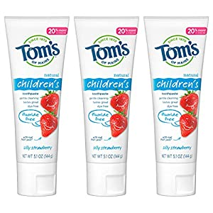WHAT YOU'LL GET: Contains three - 5.1 ounce tubes of Tom's of Maine toothpaste for kids fluoride free in Silly Strawberry flavor. RECYCLABLE TUBE: Our all natural kids toothpaste now comes in a recyclable tube! Once empty, replace cap and recycle wit...