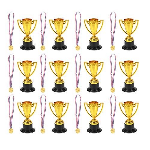 BESPORTBLE 28Pcs Medaglie d'oro in Plastica Medaglie Vincitori Medaglie Premio con Trofei Coppa Nastro per Bambini Sport Accademia Premi Festa Bomboniere Regali