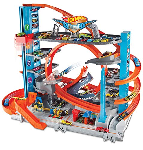Hot Wheels FTB69 City Garage with Loops and Shark, Connectable Play Set with 2 Diecast and Mini Toy Car [Amazon Exclusive]