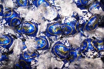 Lindt Lindor Dark Chocolate Kosher Chocolate Truffles 60 Count Gift Box