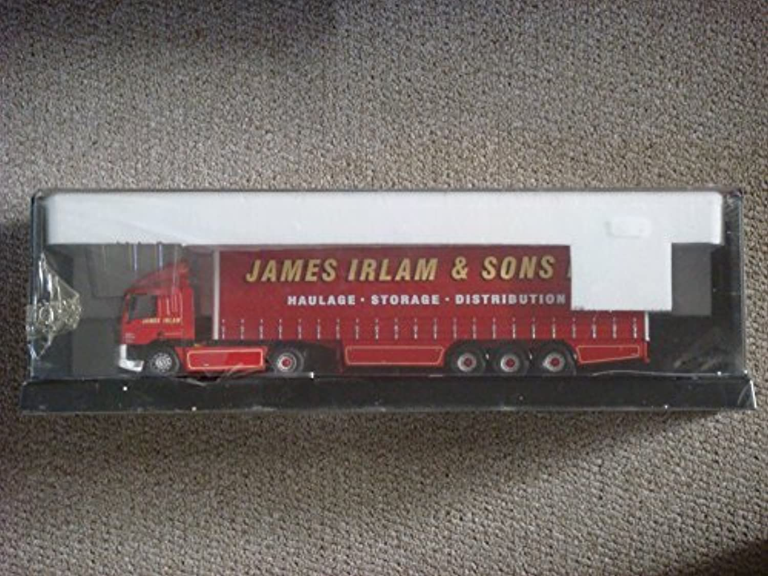 CORGI MODERN TRUCKS A New Era of Road Transport LEYLANDDAF JAMES IRLAM & SONS LTD 75401 SCALE 1 50