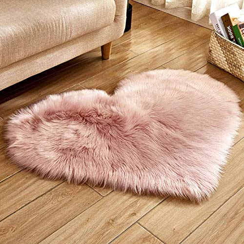 Super Soft Faux Sheepskin Fur Area Rugs for Kids Baby Girls Bedroom Living Room Home Decor Small Heart Shape Carpet (11.81x15.74inch, Pink)