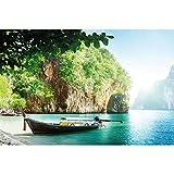 GREAT ART Mural de Pared ? Bote Pescador en bahía Tropical ? Foto Papel Tapiz y decoración Vacaciones Viajar Playa Paraíso Selva Tropical Rocas océano Naturaleza Isla Mar (210x140 cm)
