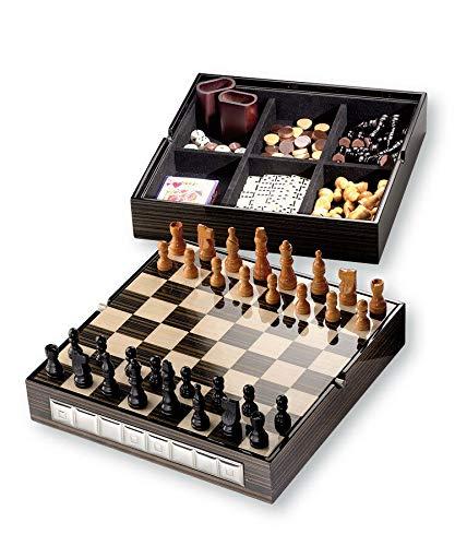 Tablero de ajedrez de 29 x 29 cm con pedaleas y juego de Dama, Domino, dados, y cartas. Estructura de madera. Revestimiento de RADICA WENGHE con 2 capas de plata 925 % 14050