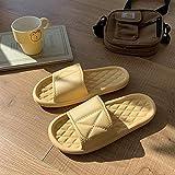 WUHUI Zapatos de Playa y Piscina Unisex Adulto, Zapatillas de Ducha para Mujer y Hombre, Zapatillas de Masaje Impermeables cómodas Planas para Mujer, Yellow_38