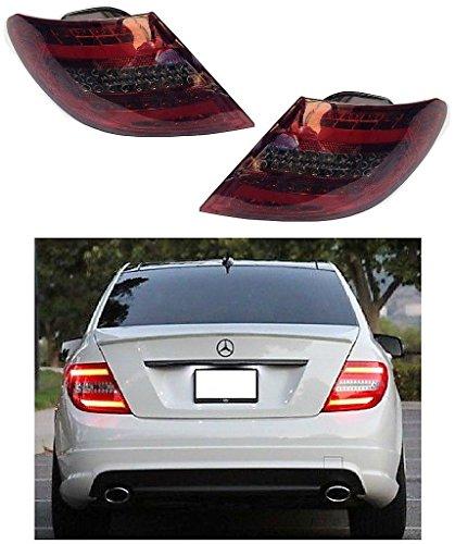 feux arrière design, set W204, 07-11 BERLINE LED/cristal/rouge-fumé avec clign./feu stop en LED avec feu position en LED LIGHT BAR DESIGN