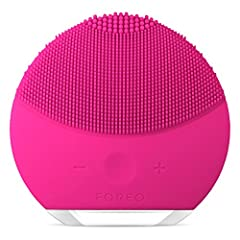 REVOLUTIONARY FACIAL CLEANSING BRUSH & SKINCARE DEVICE - LUNA mini 2 is an award-winning sonic face brush that cleanses and removes up to 99.5% of dirt and oil. It gently exfoliates away dead skin cells, unclogs pores and shifts makeup residue. Exper...