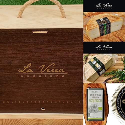 Caja Regalo Gourmet (PACK G-1L) La Verea Andaluza. 0.75kg Queso cabra Payoya (Leche Cruda) + 1/2Kg Queso Oro Andaluz + 1L A.O.V.E. Eco). Cesta empresa