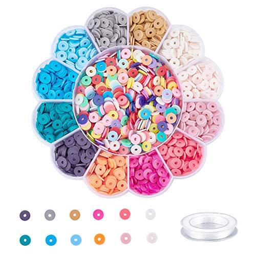 PandaHall Juego de cuentas coloridas de 8 mm, aproximadamente 2424 piezas Heishi Disc de arcilla de polímero plana con hilo elástico de cristal de 0,8 mm para hacer pulseras y joyas.