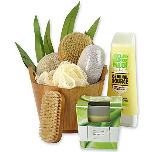 Reimarom Handverpacktes Wellness Geschenkset Bamboo mit Veganer Shower Milk Grüne Banane & Bambusmilch von ORIGINAL Source, Bambus Badebürste und Duftkerze sowie Peelingschwamm