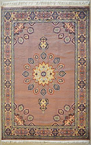etnico Ardabil Orientalischer Teppich aus Seide und Wolle, handgefertigt, 124 cm x 180 cm, beige, symmetrisches Design