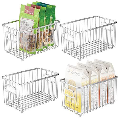 mDesign 4er-Set Küchenkorb aus Metall – flexibler Aufbewahrungskorb für die Küche, Vorratskammer etc. – kompakter und universeller Drahtkorb mit Griffen – silberfarben