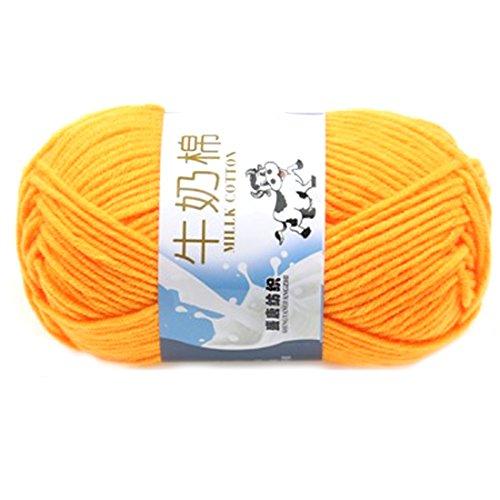 Suave Suave Leche de algodón natural de la mano de tejer lana de lana bola del hilado del bebé Craft-amarillo oscuro