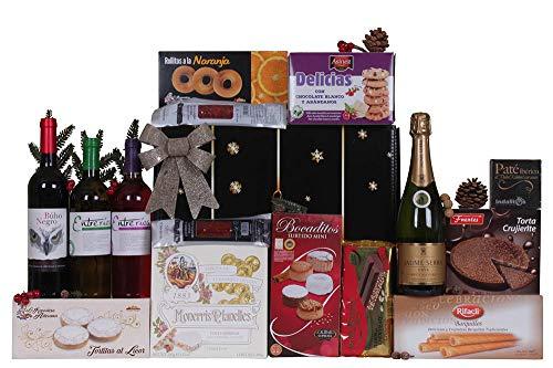 Lote de navidad con turrones, dulces, charcutería y vinos variados