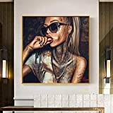JinYiGlobal Arte Abstracto Fresco Tatuaje Chica imágenes Mujeres Sexy Graffiti Arte Callejero Retrato Carteles Lienzo Pintura para Sala de Estar 85x85 cm sin Marco