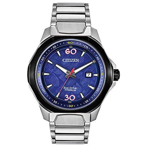 Citizen Eco-Drive Marvel 80th Anniversary AW1548-86W - Reloj de pulsera para hombre con esfera de cuarzo azul y correa de titanio plateada
