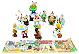 I personaggi sono sorprese degli ovetti Kinder della Ferrero, tutte dipinte a mano.