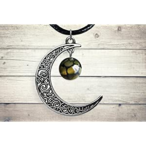 Dragon Vein Agate Silver Celtic Cresent Moon Pendant Necklace