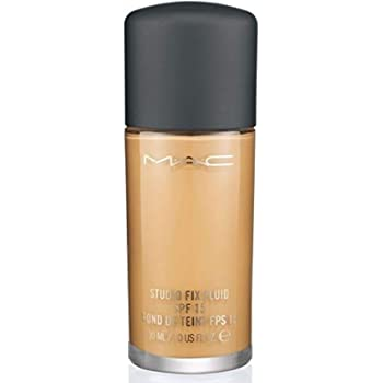 MAC Studio Fix Fluid Foundation SPF15 NC40
