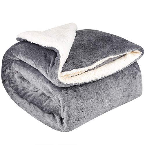 NEUFLY Decke, Zweiseitige Flannel Decke Fleecedecke 150 x 200 cm Extra Dick Sofadecke Couchdecke Super flausch Warm Kuscheldecke - Dunkelgrau