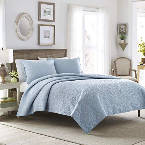 Laura Ashley | Felicity Collection | Quilt Set-Ultra Soft All Season Bedding, Reversible Stylish Coverlet With Matching Sham(s), King, Breeze Blue