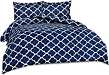 Utopia Bedding 3-Piece Printed Duvet Cover Set- Soft Brushed Microfiber Fabric- Wrinkle, Shrinkage and Fade Resistant-Easy Care (Queen, Quatrefoil Navy)
