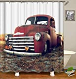 OCCIGANT Home Decor Wasserdichter Polyesterfaser-Duschvorhang Cool Red Retro Classic Cars Parked In The Fields Badvorhang-Set mit Haken