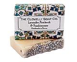 Clovelly Soap Co Natürliche handgemachte Seife Lavendel Patschuli & Weihrauch für alle Hauttypen...