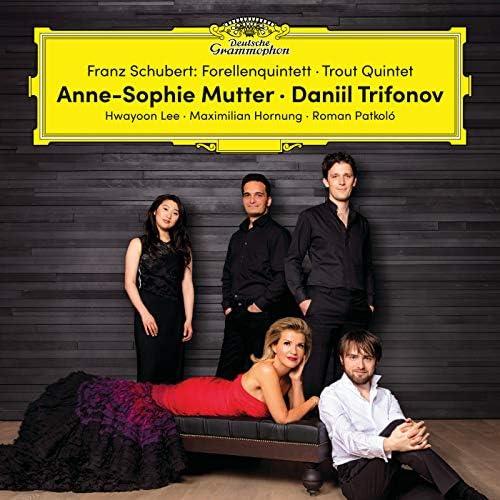 Anne-Sophie Mutter, Daniil Trifonov, Hwayoon Lee, Maximilian Hornung, Roman Patkoló & Franz Schubert