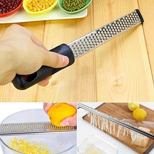 Kicode Multifunktions Frucht-Gemüse-Käse Klassische Fein Zester Reibe aus schwarzem Kunststoff Griff Freie Abdeckung Küchengeräte
