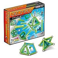 Un piccolo formato per una grande immaginazione. La scatola include 9 sfere, 12 barrette verdi, 8 pannelli triangolari verdi, 2 pannelli quadrati azzurri e 1 pentagonale verde Geomag è il gioco di costruzione magnetico costituito da barrette magnetiz...