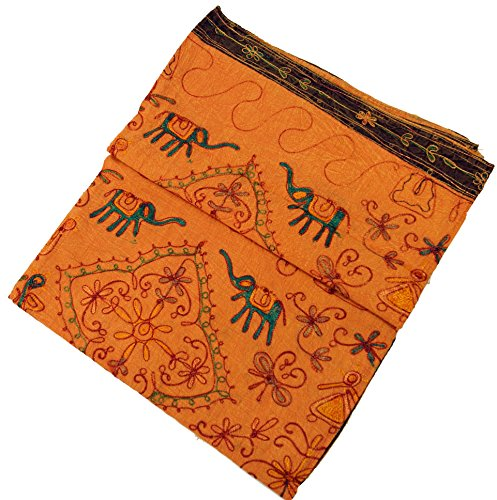 Guru-Shop Bestickte Indische Tagesdecke, Besticktes Wandtuch - Orange, Baumwolle, 225x210 cm, Bestickte Tagesdecken