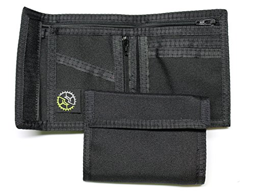 Nylon Bifold Wallet with Zippered Coin Pocket (Black)