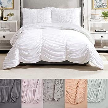 Modern Heirloom Emily Texture  White  3-Piece Comforter Set - Full/Queen