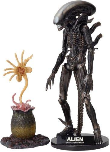 Alien Revoltech SciFi Super Poseable Action Figure #001 Alien Big Chap [Toy] (japan import)