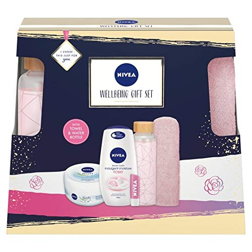 Nivea Clay Wellbeing Gift Set For Women, 500 ml