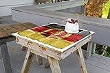 Wallario Aufkleber Selbstklebende Garten-Tisch-Decke - DDR Flagge auf altem Papier - schwarz rot Gold in 50 x 50 cm