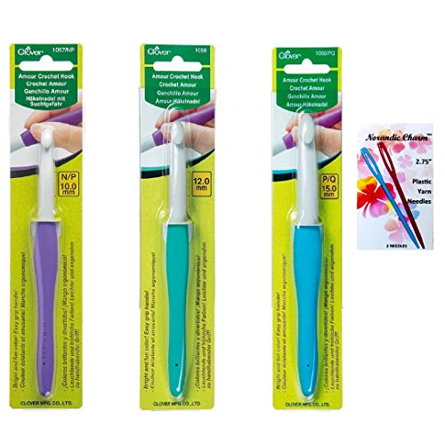 Clover Amour Crochet Hook Set for Thick Chunky Yarn, 10mm (N/P), 12mm, & 15mm (P/Q), Ergonomic Easy Grip Handles, Lightweight, Well Balanced, Perfect for Arthritic Hands, Bundle Includes Yarn Needles