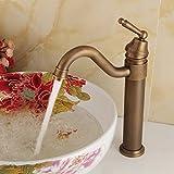 QIMEIM - Grifo mezclador para lavabo de baño (latón giratorio, con un solo orificio), diseño retro de agua fría y caliente